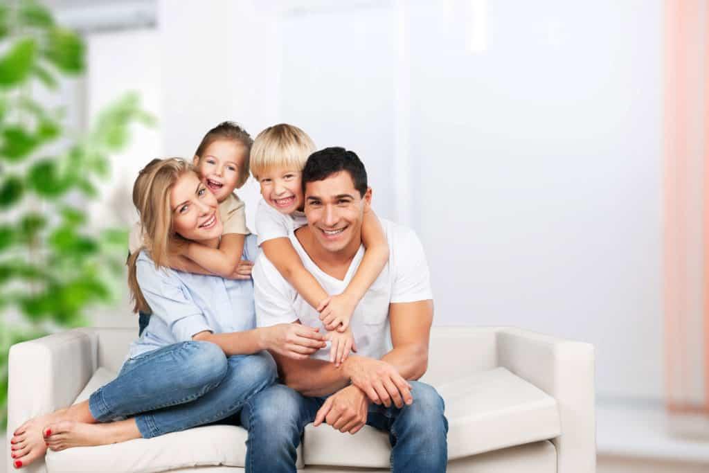 Praca z rodziną- interwencja i pomoc